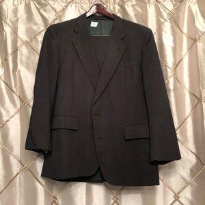 Men's Suit PERFECT CONDITION!!!!